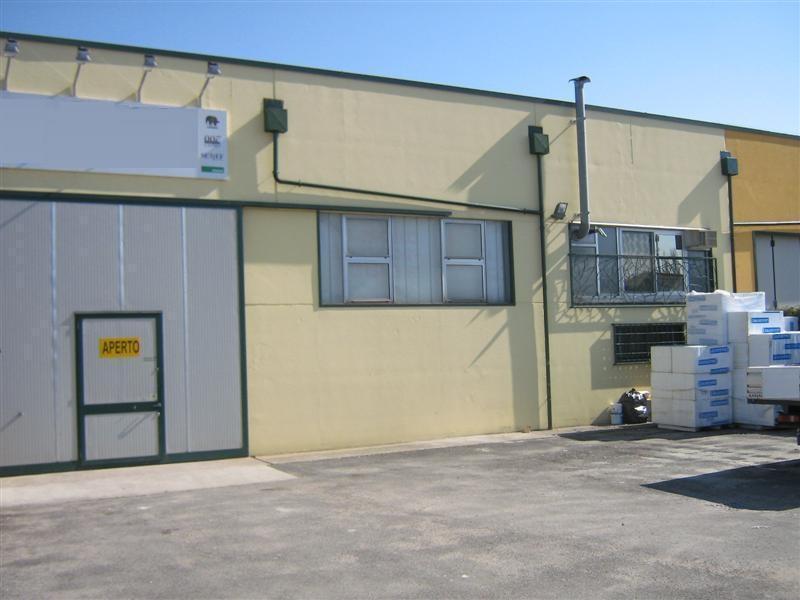 Ufficio a Montegrotto Terme in affitto - 245mq