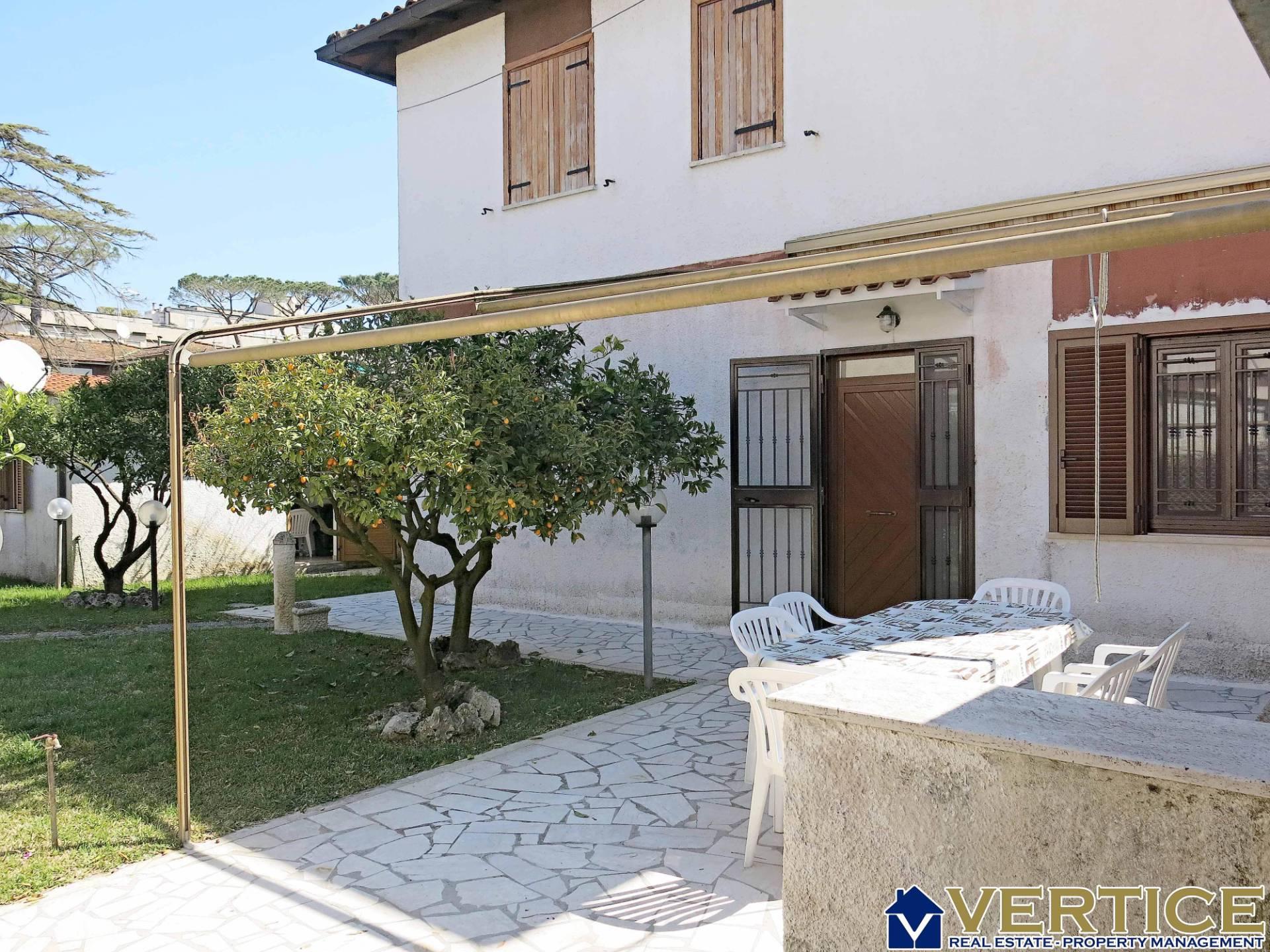 Villa in affitto Rif. 12393511