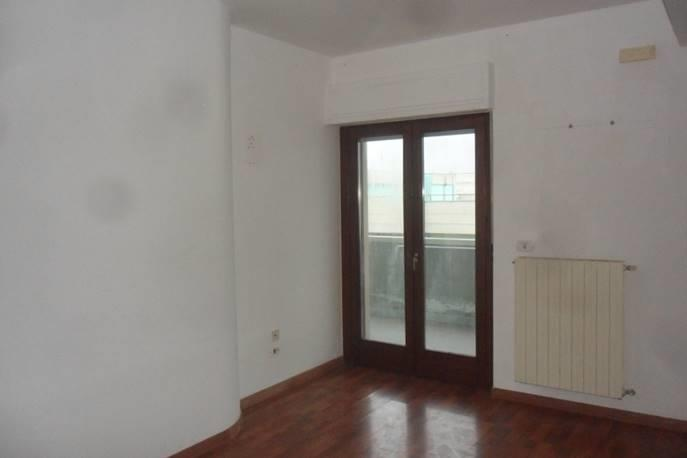 Appartamento con box a Gravina in Puglia