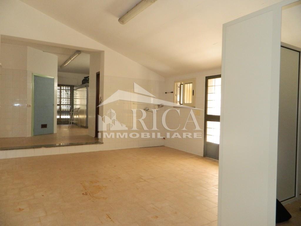 Laboratorio in vendita in corso san francesco di paola, Alcamo Rif. 9331736