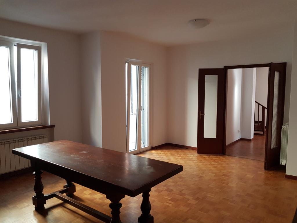 Appartamento in affitto Rif. 8476519