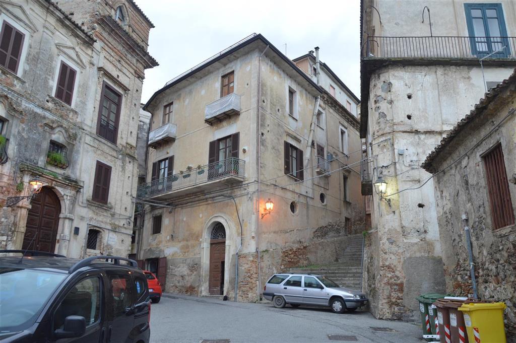 Appartamento con terrazzo in via toscano mandatoriccio, Rossano