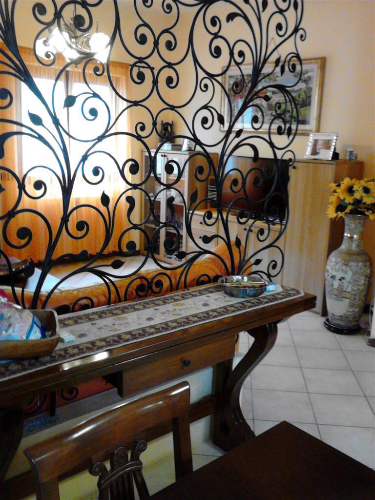 Appartamento in vendita Rif. 9803038
