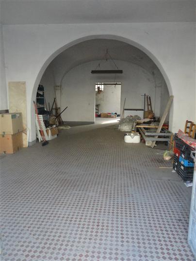 Vendo laboratorio da ristrutturare a Certaldo