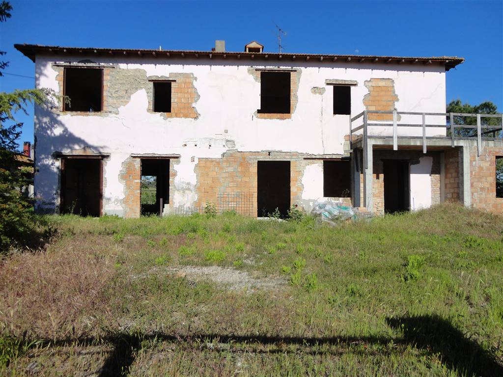 Villa con giardino Certaldo semi-centro