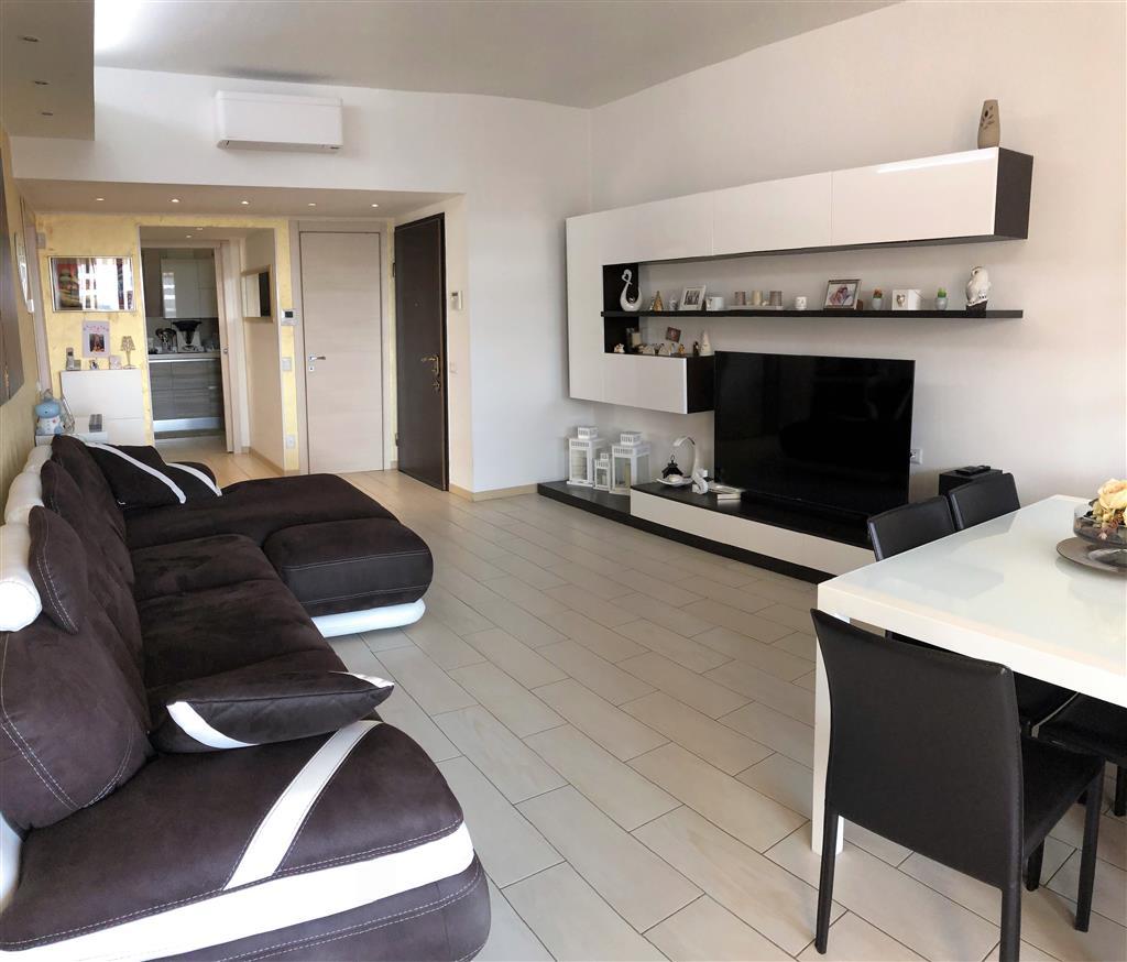 Appartamento in vendita Rif. 9621755