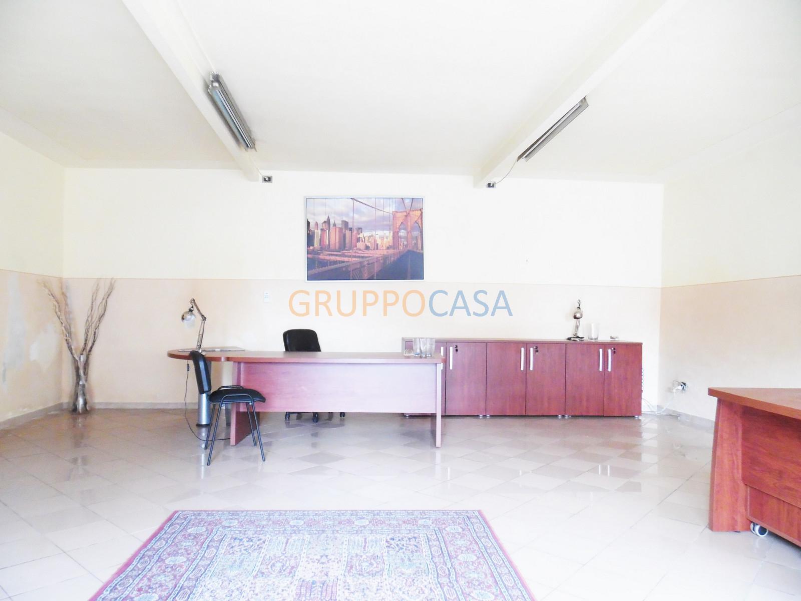 Negozio in affitto, Pescia alberghi Rif. 9821500
