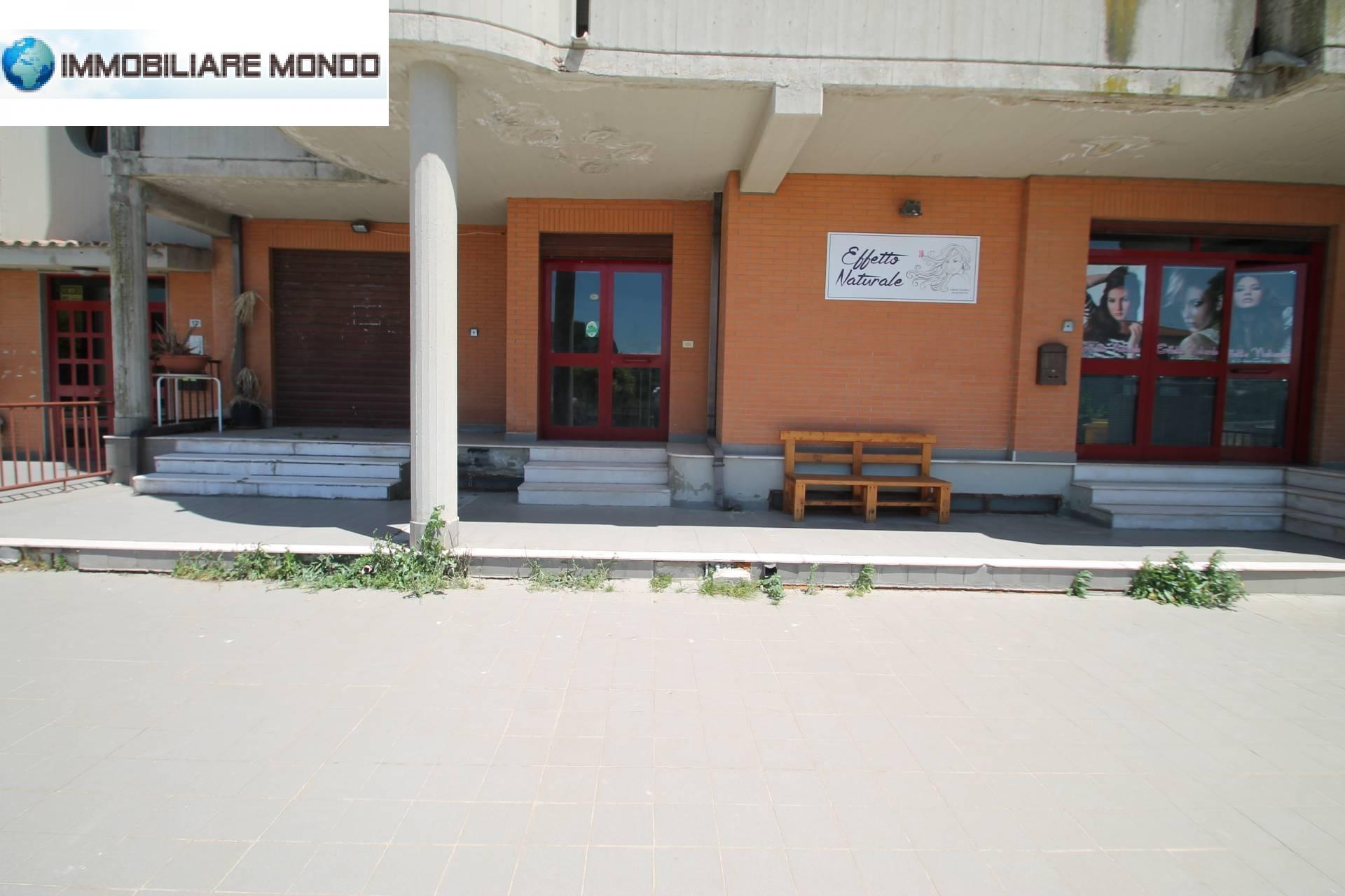 Locale commerciale in vendita a Portocannone Rif. 8239440