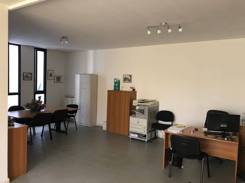 Ufficio in vendita, Latina isonzo Rif. 9479626