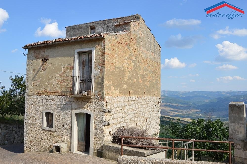 Casa indipendente da ristrutturare a Castelbottaccio