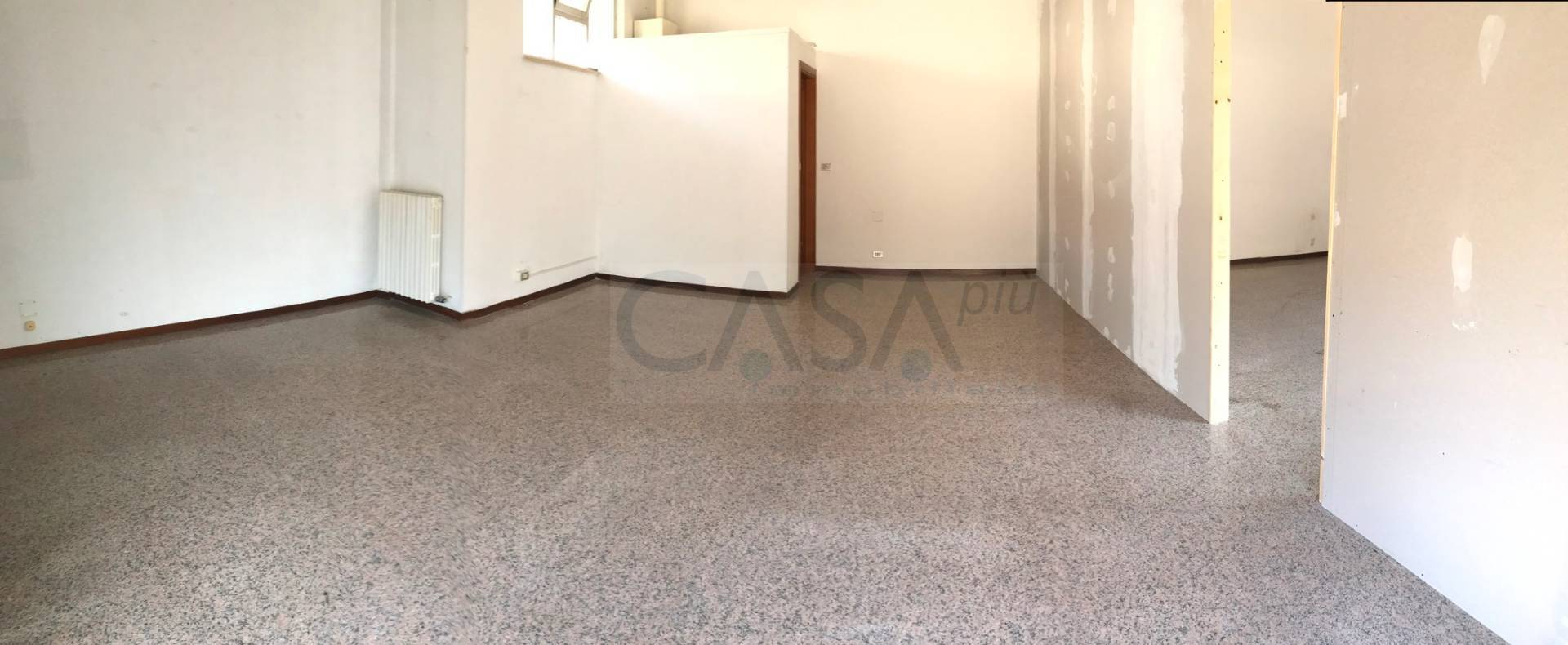 Ufficio in vendita a Martinsicuro Rif. 10174222