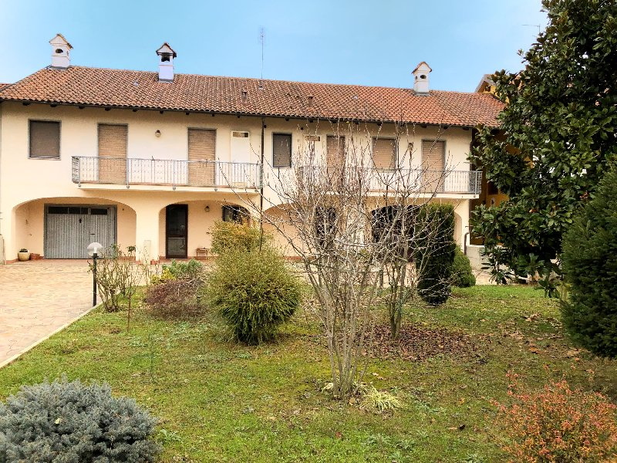 Casa Indipendente in vendita Rif. 9622297