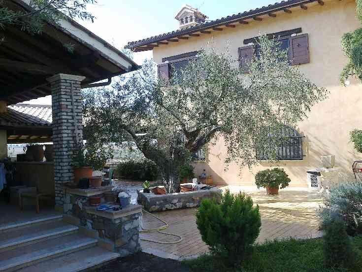 Rustico / Casale in vendita Rif. 5048505