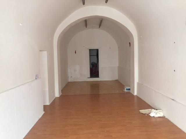 Negozio in affitto a Tuscania Rif. 5918429