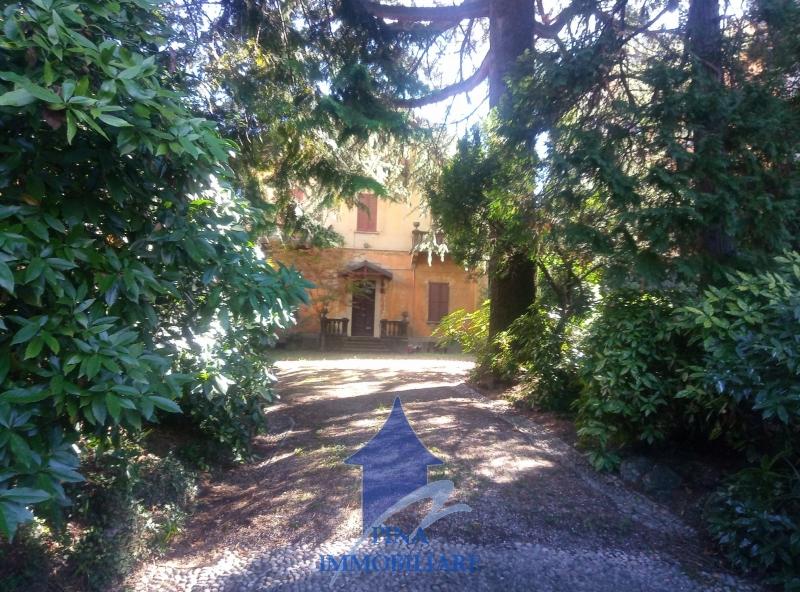 Villa da ristrutturare a Varese